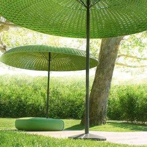 Ombrellone di Paola Lenti- salone 2014.