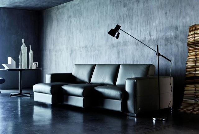 Gradazioni di grigio per il salotto.