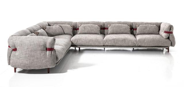 Salone del Mobile 2016 - tendenza divani : moroso Belt - divano Componibile ad angolo.