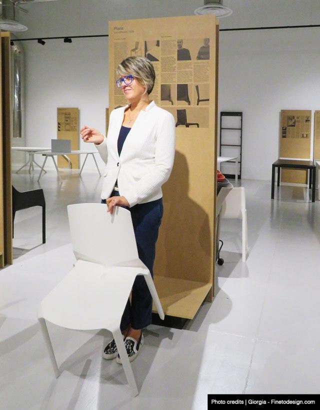 Kristalia - sedia plana presso showrrom con design blogger Cristiana di Modaearredamento.com