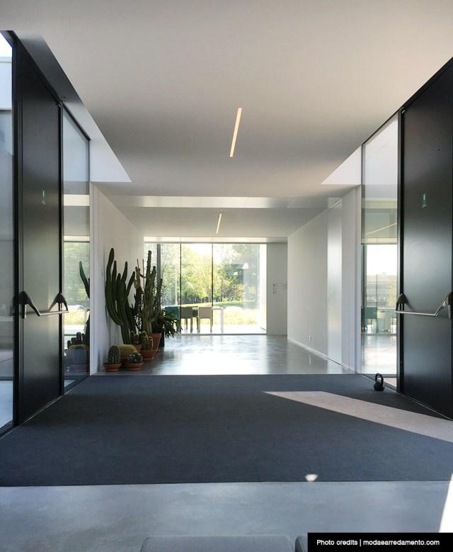 Kristalia, veduta degli uffici dall'ingresso.