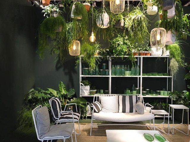 Tanta natura tropicale in casa - piante come tendenza arredo 2017.