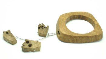 Bracciale in legno di briccola.
