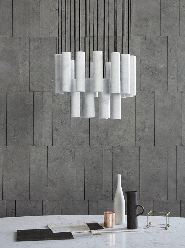 Silo di Salvadori, lampada sospesa tutta in marmo bianco.