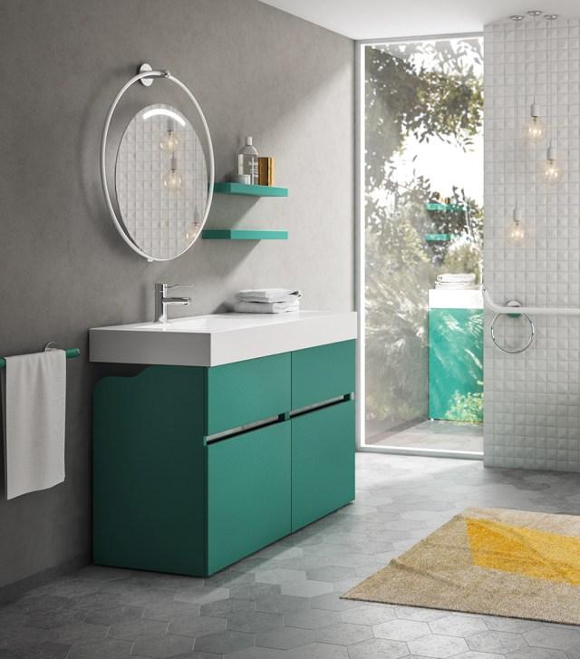 Bagno componibile verde scuro per il bagno.