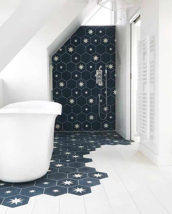 Plain interioris - gray and white bathroom.