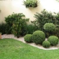 Jardins decorados, com plantas e acessórios  ideais