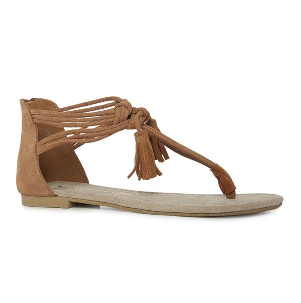 Sandalias: 15 euros