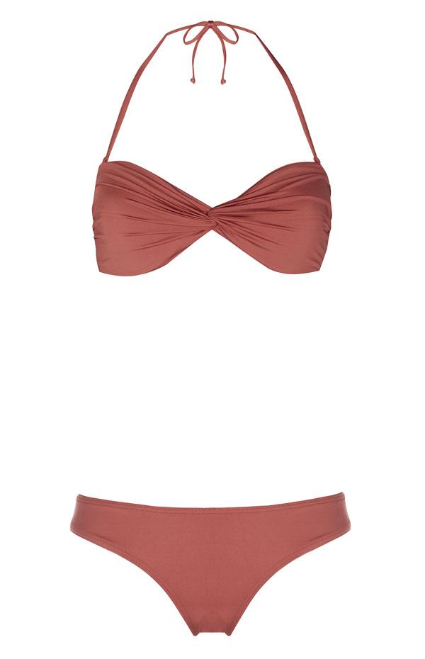 Bikini set: 8 euros
