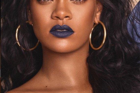 Rihanna blue lipstick
