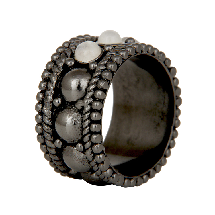 AARYAH NAIMA GUN METAL RING on www.modagrid.com