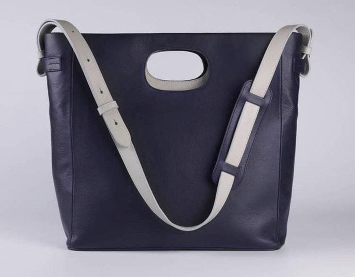 PO LUX NAVY POLKA BAG on www.modagrid.com