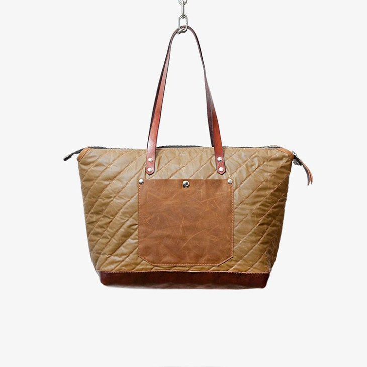 Mika tote by Havie on www.modagrid.com