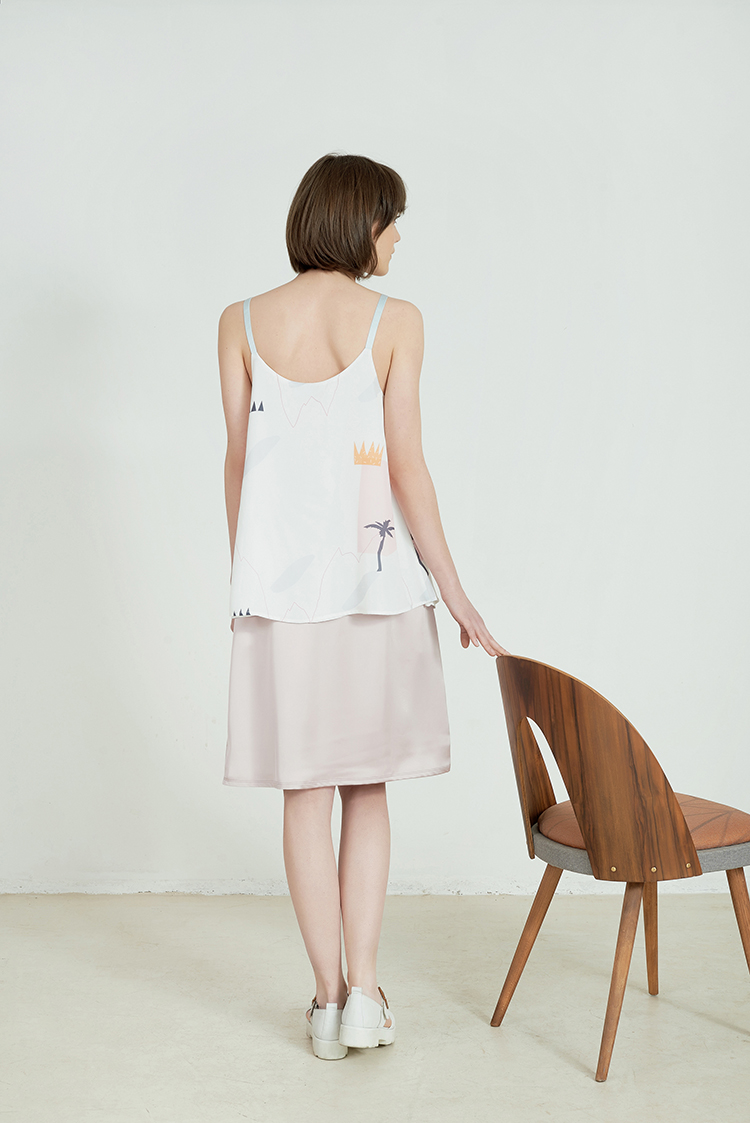 Ena pastel pink Skirt by Anna Daubner on www.modagrid.com