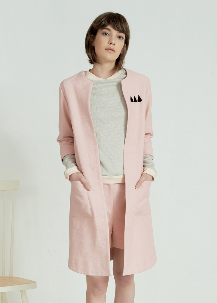 Pink coat by Anna Daubner on www.modagrid.com