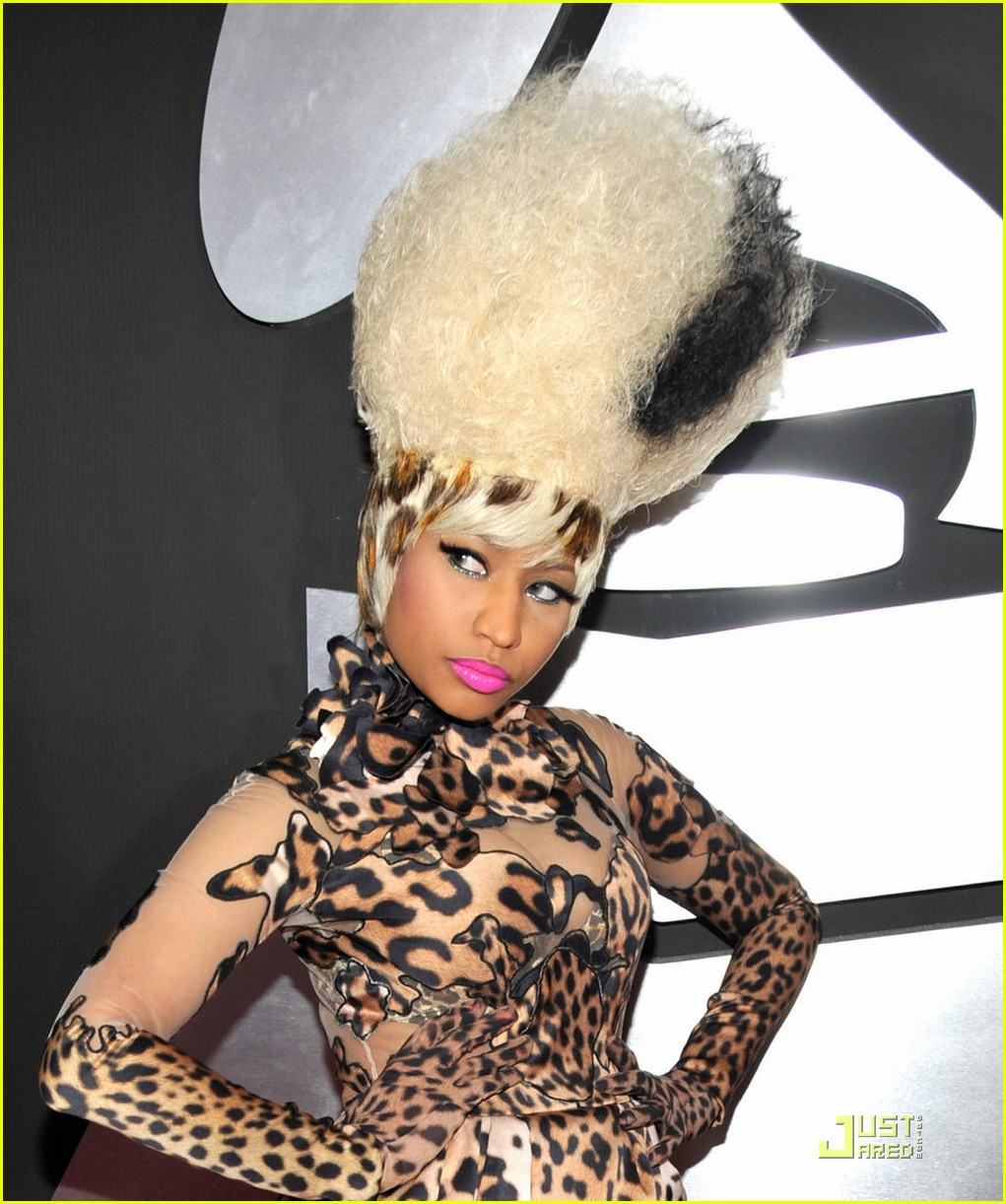 Nicki Minaj arrives at The 53rd Annual GRAMMY Awards held at Sta