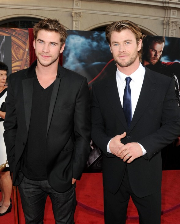 liam-hemsworth-chris-thor-04