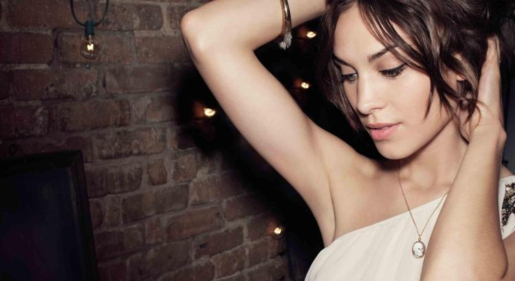 Alexa Chung - Party Campaign (2)