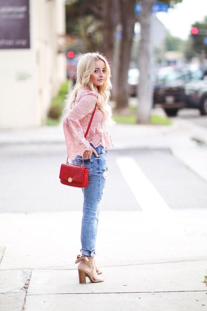 Alena Gidenko of modaprints.com talks about her favorite boyfriend jeans
