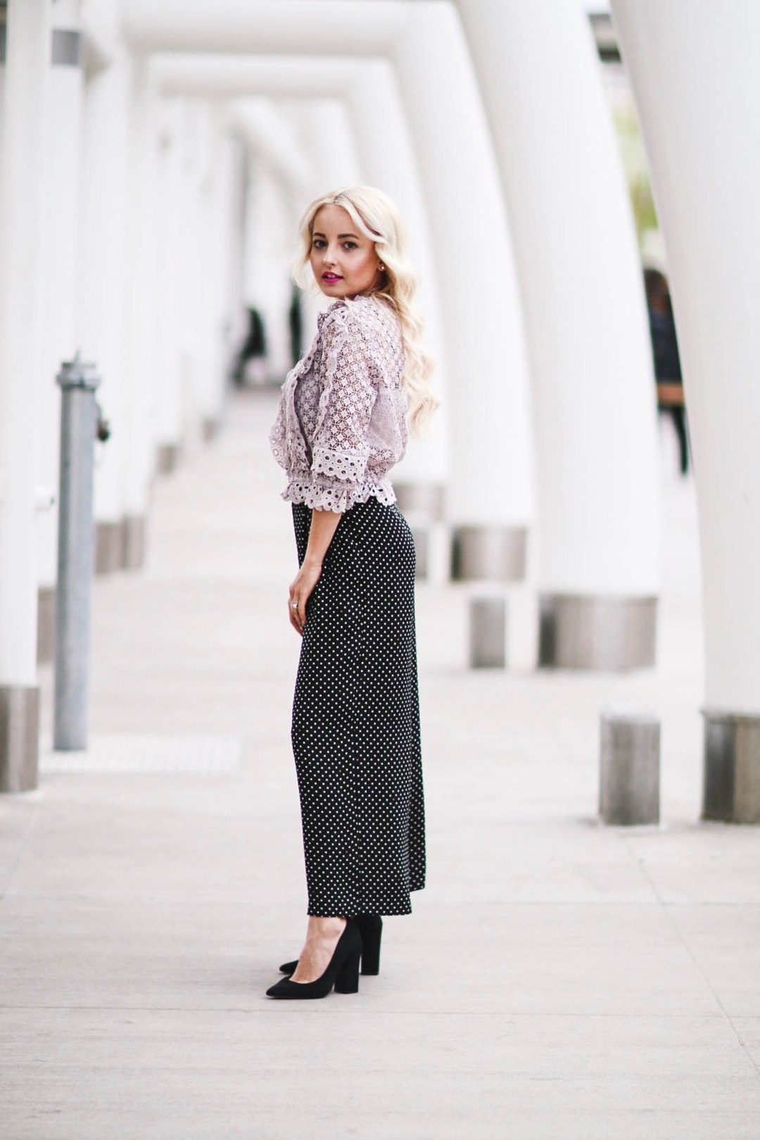 Alena Gidenko of modaprints.com styles polka dot trousers