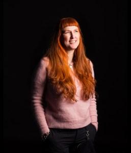 Modarium Portret van Birgitt Zeilstra gemaakt door GLR fotografie student Rhoda de Dobbelaere voor haar eindexamen jaarboek 2016.
