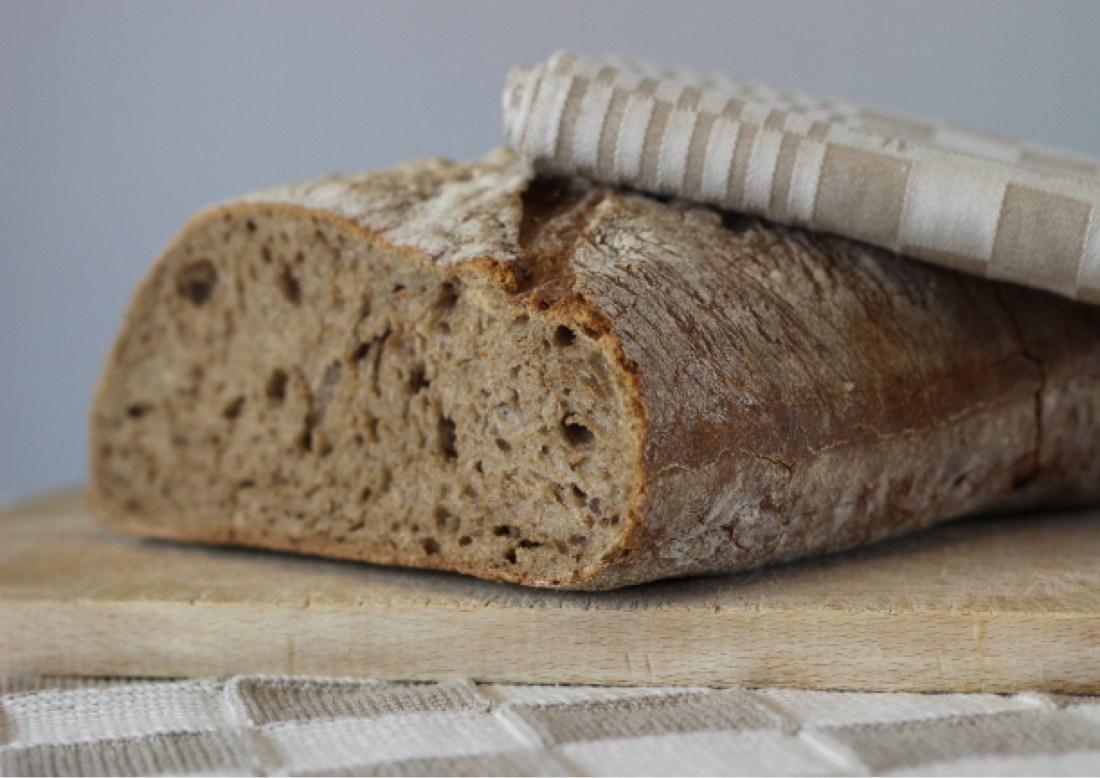 MODARIUM pasen of Vier het leven moodboard 02 met brood
