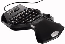 Logitech's G13 Advanced Gameboard