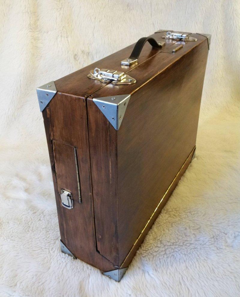 Wooden Travel Case_175617