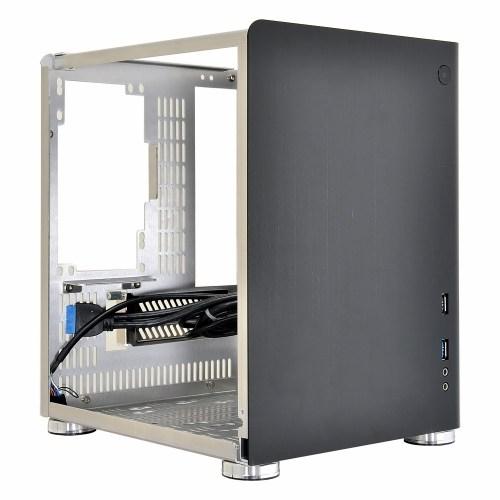 Lian Li Mini-ITX Chasis – PC-Q01 side panel off