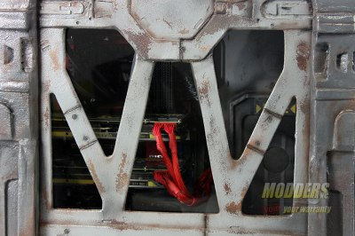 Modders-Inc-DOOM-Case-Mod-11