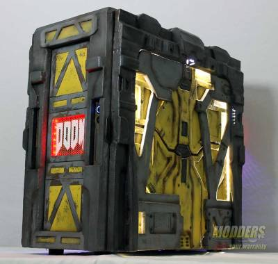 Modders-Inc-DOOM-Case-Mod-19