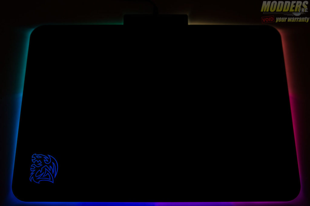 Tt eSPORTS Draconem RGB Gaming Mousepad Review