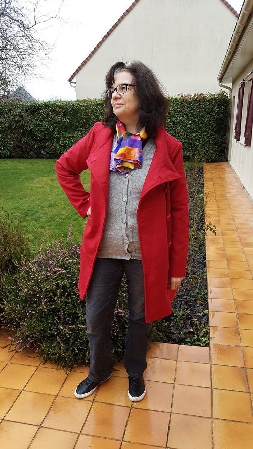 Le caban rouge à col droit en laine Bleu bonheur