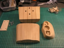 now the mould is split into 3 parts. It was fixed with wooden dowels and screws.