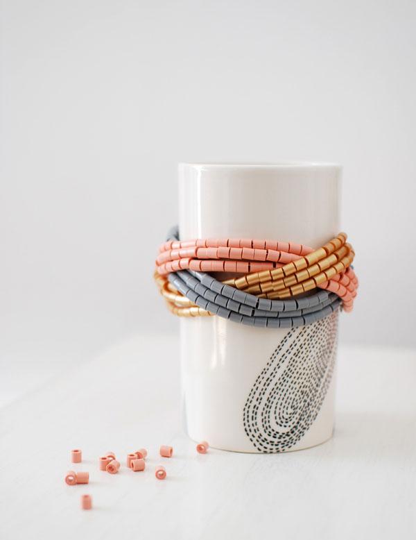 /home/sacripanuv/modeles hama.com/wp content/uploads/2016/08/160812 make a hama bead cuff bracelet perles