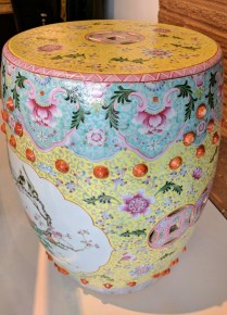 **ITEM NOW SOLD**Decorative Garden Stool. Ceramic. Suitable for outdoor and indoor use. 250.- 2 available.