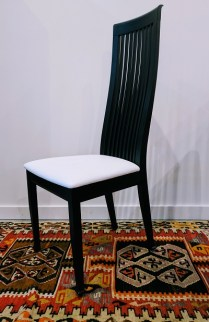 Set 6 Tonon (for Roche Bobois) ' Silhouette' Dining Chairs. Spinnybeck white leather Seats. Modele's Price: 2950.-/set 6