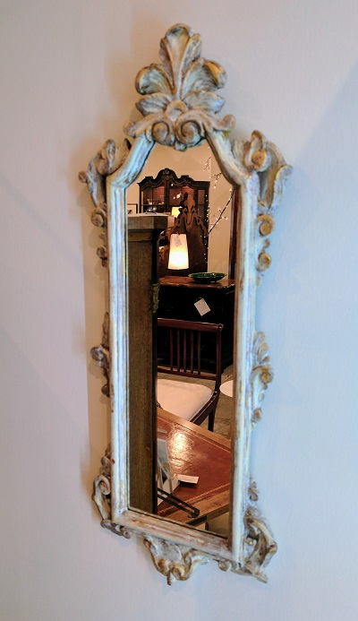 Small Antique Mirror. 125.-