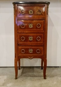 ** ITEM NOW SOLD.**Antique 4 Drawer Chest with Marble Top. Original retail price: $3295. Modele's price: 795.-