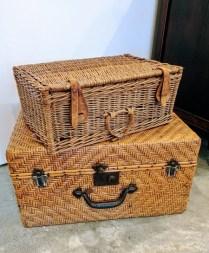 Top-Vintage picnic basket: 40.- Bottom- Wicker trunk: 85.-