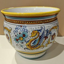"**ITEM NOW SOLD** Italian 'Deruta' hand-painted pot with white interior. 12"" dia. x 10.5""h 150.-"