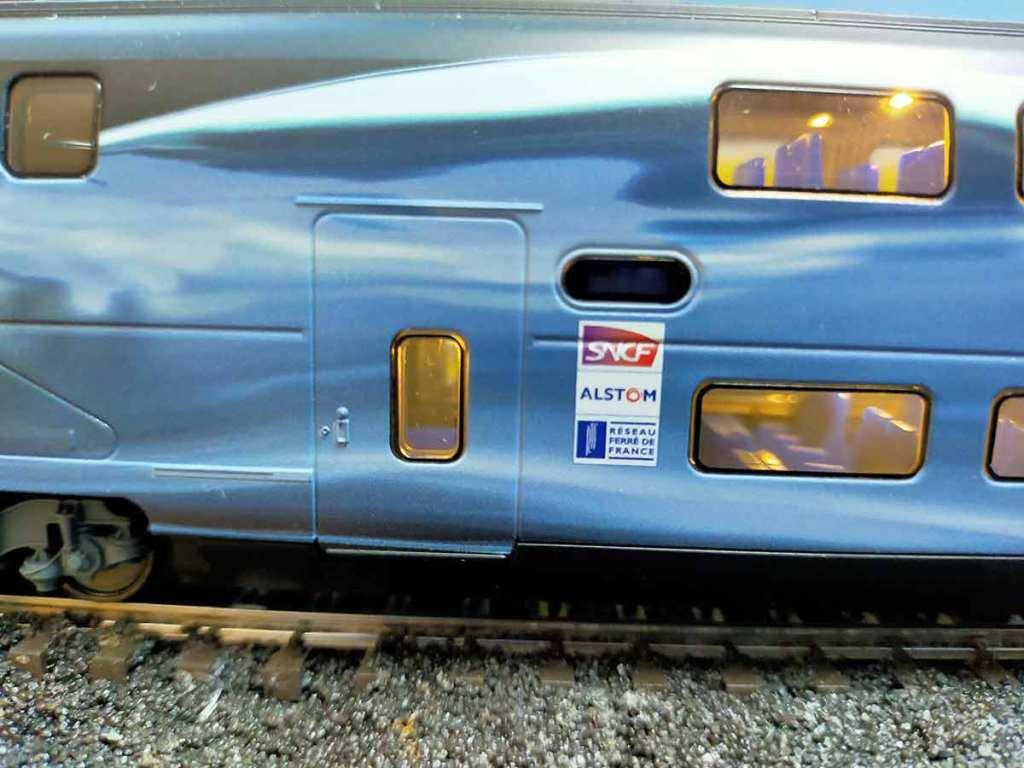 Hochgeschwindigkeitszug TGV Duplex V 150 von Märklin