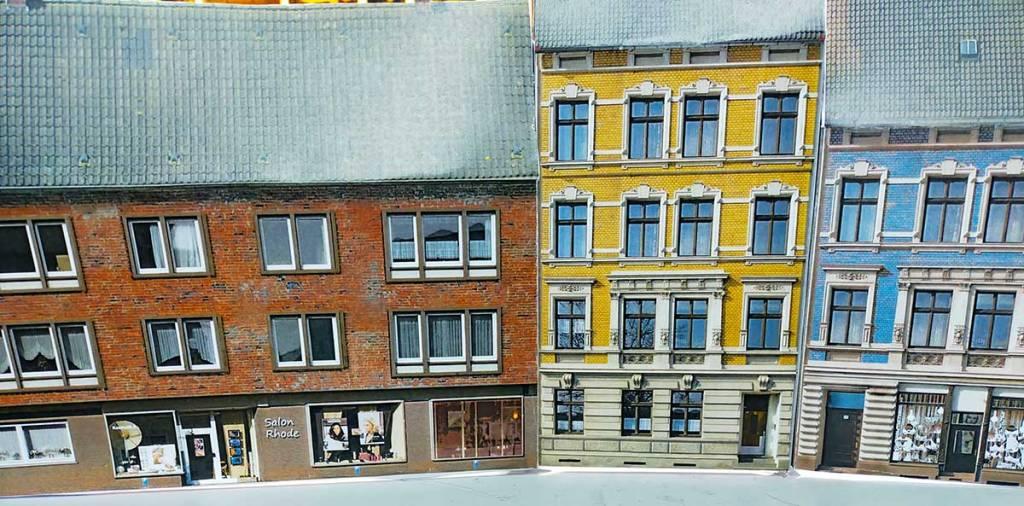 Häuser aus gedrucktem Karton