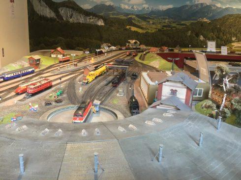 Bahnhof und Remise