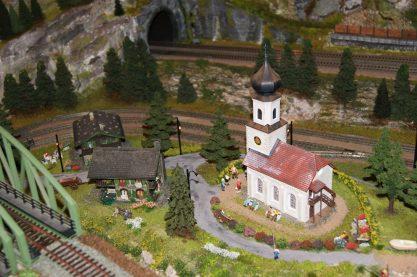 Dorf am Seebahnhof