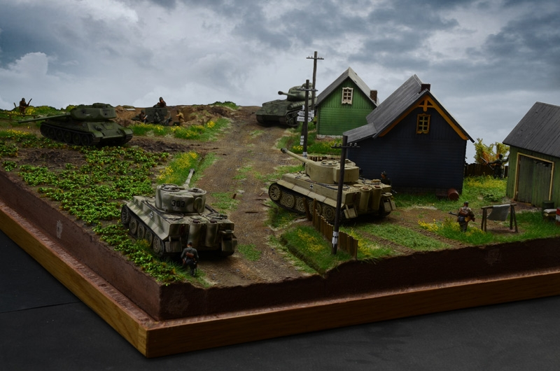 Italeri 1944 Battle At Malinava Eastern Front Diorama Set