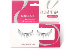 Revolution in eyelashes quick and easy with magic eyeliner