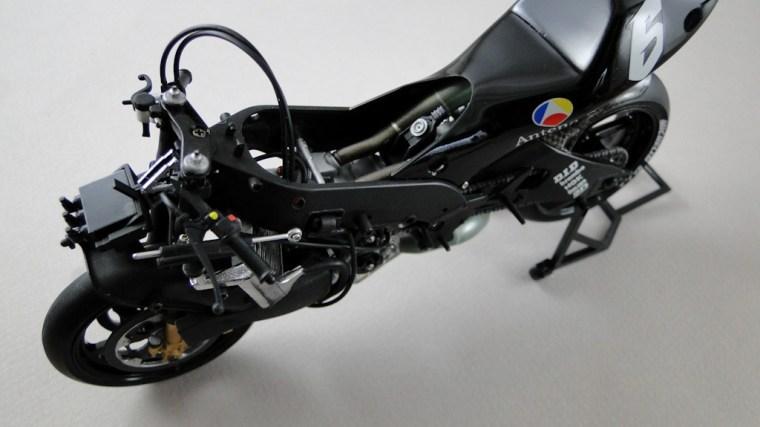 Yamaha YZR500: Antena 3