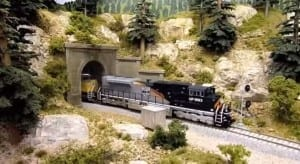 American HO Model Railroad Image 9
