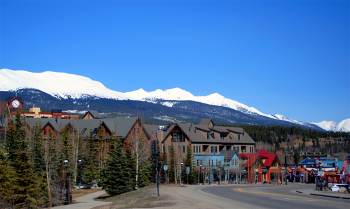 Downtown Breckenridge Colorado Shopping and Restaurants